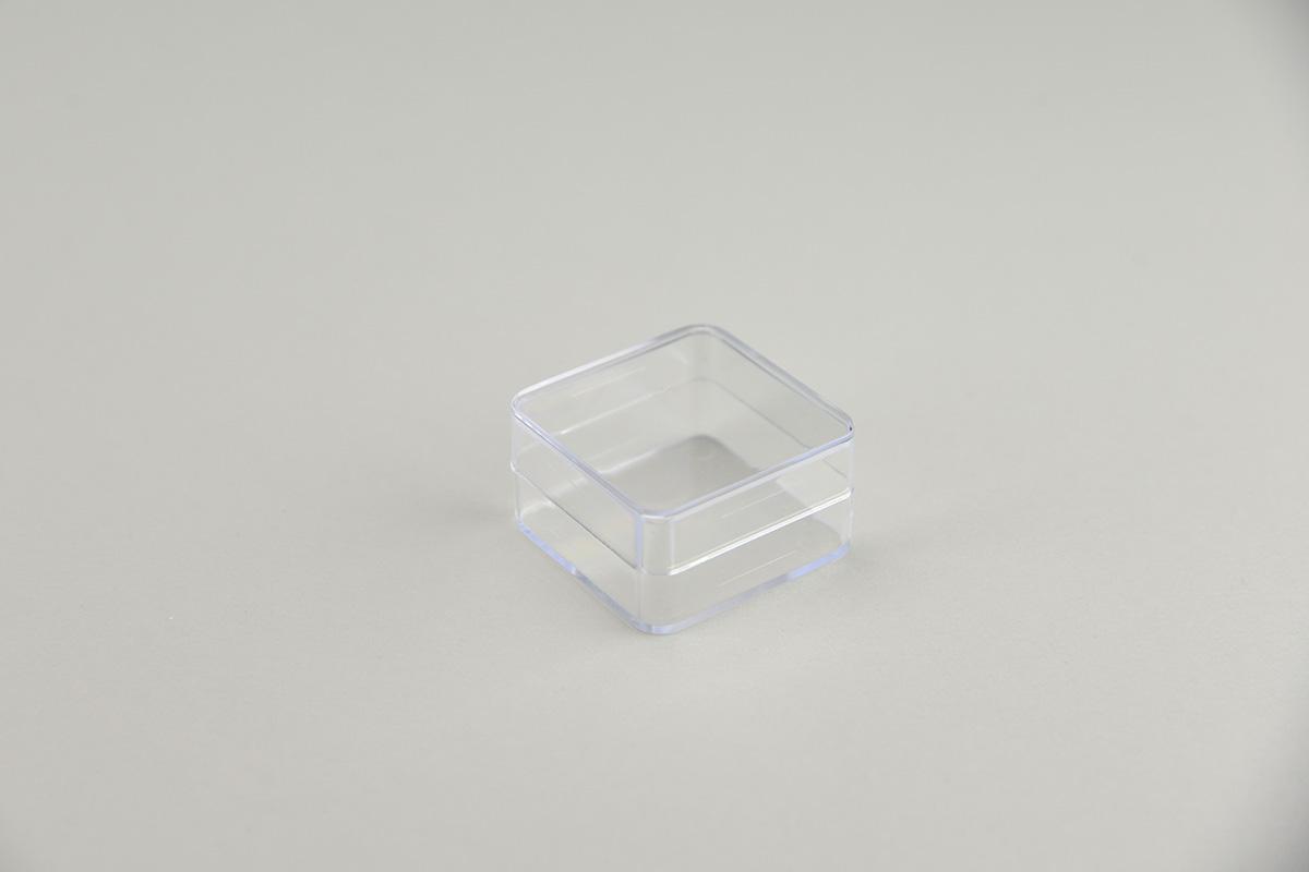 Boîte transparente en plastique carrée 45x45x25mm