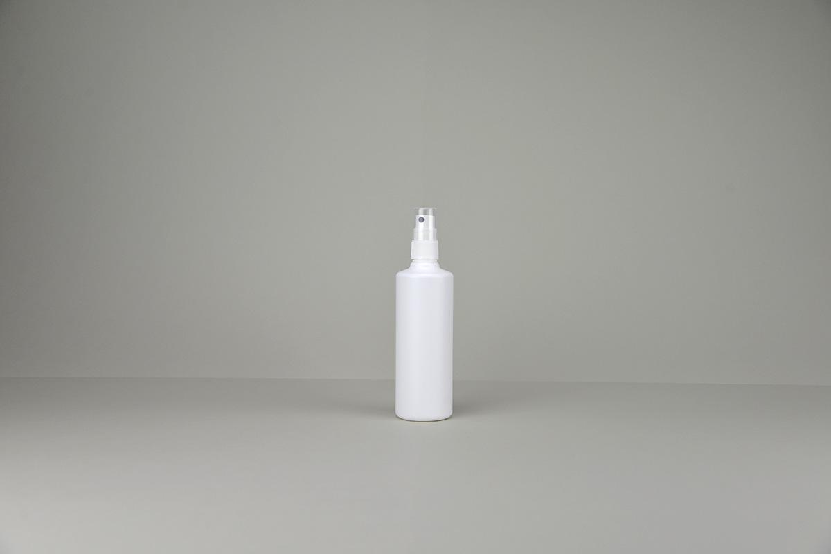 Bouillottes + spray blanches en polyéthylène rondes